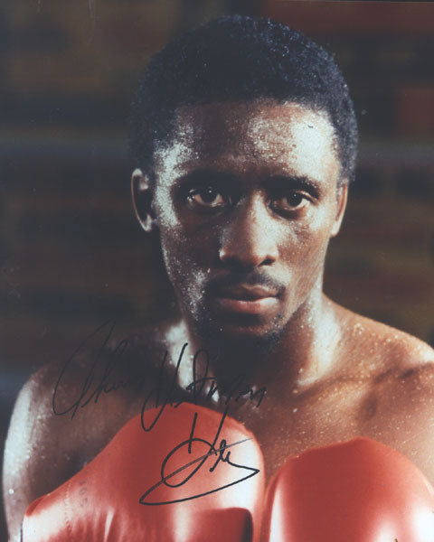 "HEARNS, THOMAS ""HITMAN"" SIGNED PHOTO"