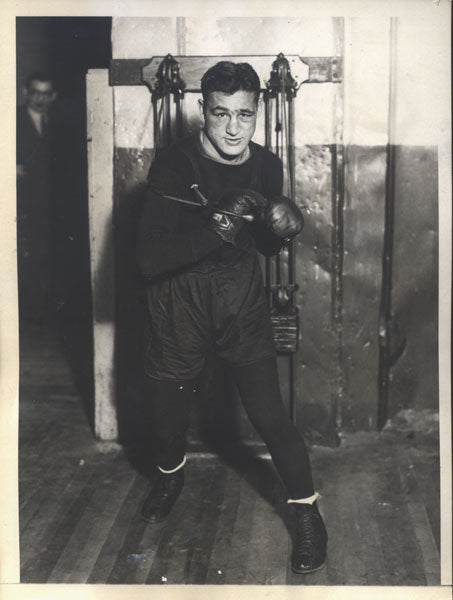 PETROLLE, BILLY ORIGINAL WIRE PHOTO (1930-TRAINING FOR BERG)
