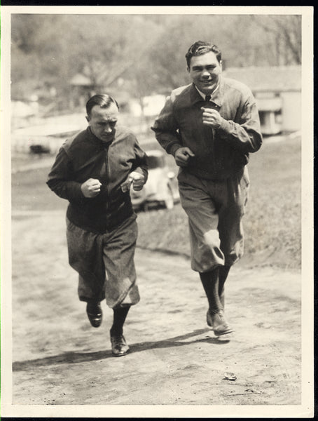 SCHMELING, MAX WIRE PHOTO (1932-TRAINING FOR SHARKEY)