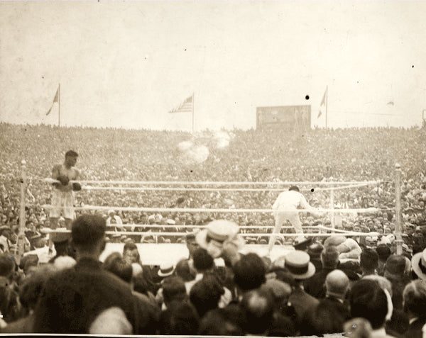 DEMPSEY, JACK-GEORGES CARPENTIER WIRE PHOTO (1921-END OF FIGHT)