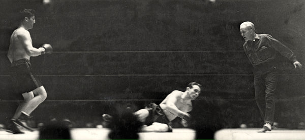 PETROLLE, BILLY-EDDIE RAN WIRE PHOTO (1932-END OF FIGHT)