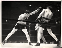 BRADDOCK, JIMMY-TOMMY FARR WIRE PHOTO (1938-1ST ROUND)