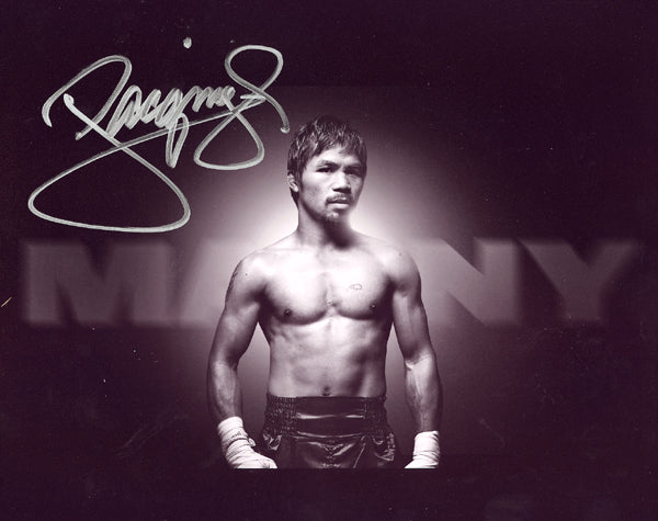 PACQUIAO, MANNY SIGNED PHOTO (FAMOUS POSE)