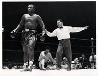 FRAZIER, JOE-MANUEL RAMOS WIRE PHOTO (1968-2ND ROUND)