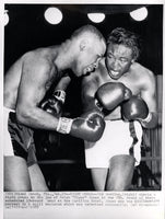 "GAVILAN, KID-RALPH ""TIGER"" JONES WIRE PHOTO (1958-7TH ROUND)"
