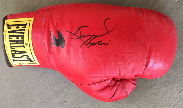 HOPKINS, BERNARD SIGNED BOXING GLOVE