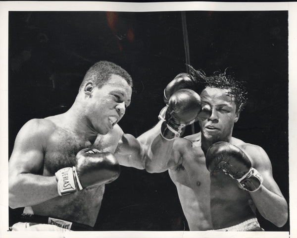 "BRATTON, JOHNNY-RALPH ""TIGER"" JONES WIRE PHOTO (1952)"