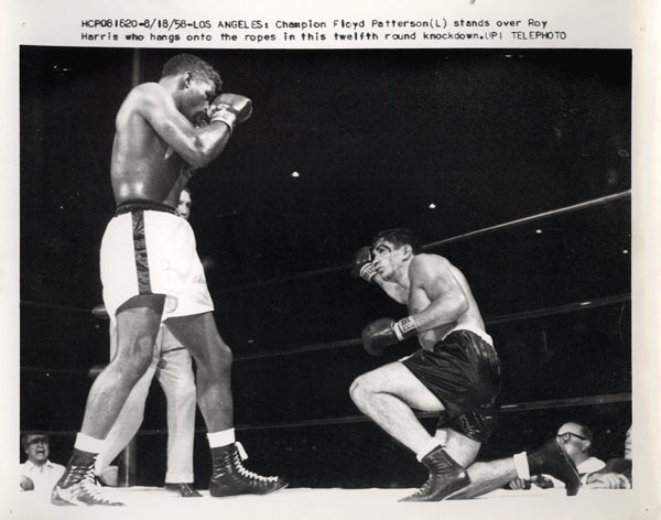PATTERSON, FLOYD-ROY HARRIS WIRE PHOTO (1958-12TH ROUND)