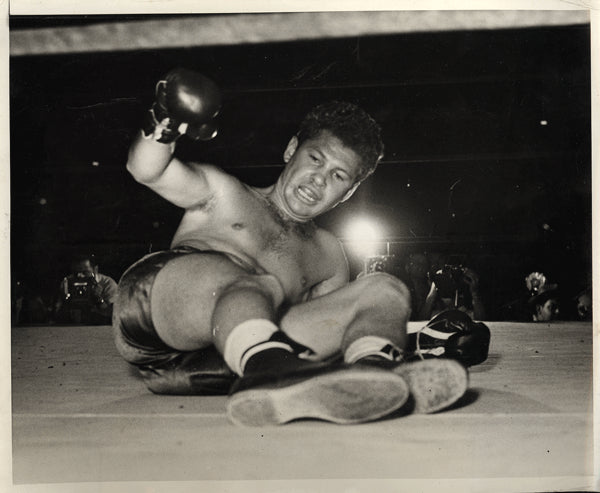 "DAVIS, AL ""BUMMY"" WIRE PHOTO (1941-ZIVIC FIGHT)"