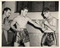 CONN, BILLY-MELIO BETTINA WIRE PHOTO (1939-WEIGHING IN)