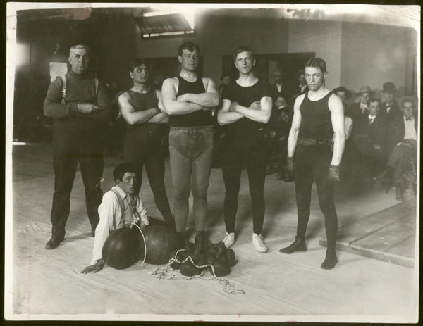 HART, MARVIN TRAINING CAMP ORIGINAL PHOTO (1907-TRAINING FOR MIKE SCHRECK)