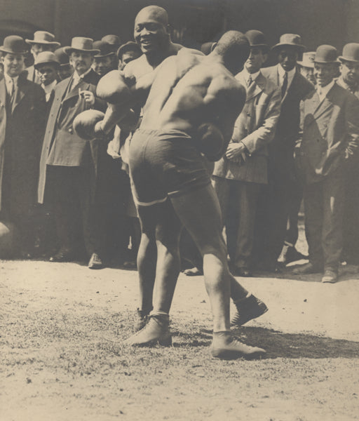 JOHNSON, JACK  ORIGINAL PHOTOGRAPH (1910-TRAINING FOR JEFFRIES)