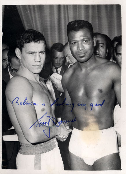 DOWNES, TERRY SIGNED WIRE PHOTO (1962-SUGAR RAY ROBINSON)