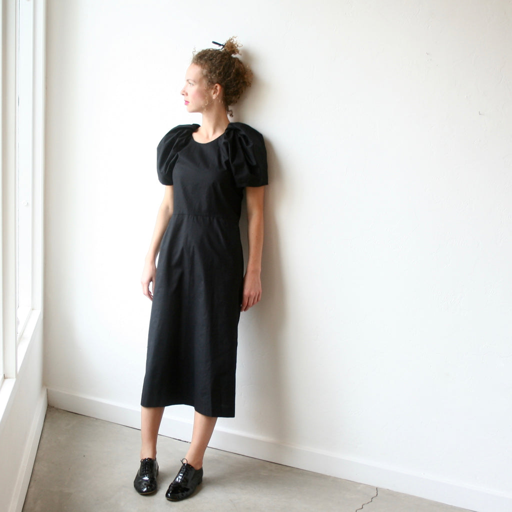 A Détacher Puff Sleeve Dress - Black