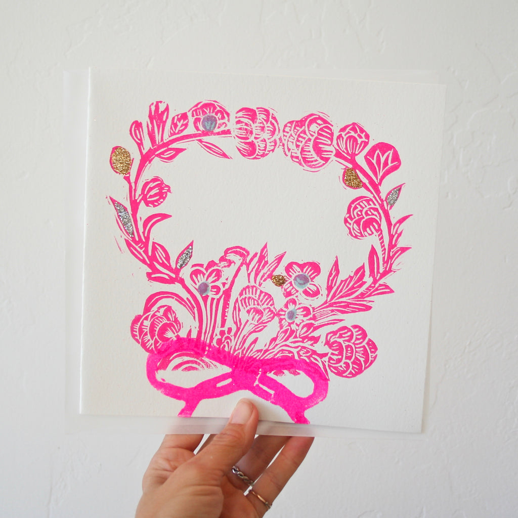 Minnieolga Rosey Wreath Card