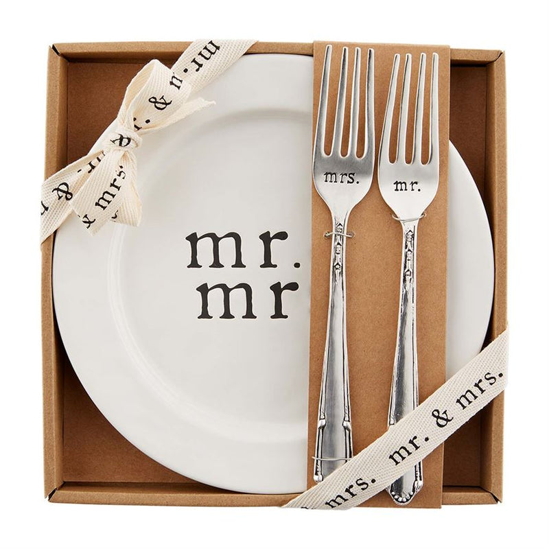 Mr and Mrs Cake Plate Set
