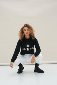 YEEZLOUISE MODE HOODED BLACK