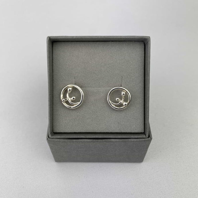 Small Scottish Earrings with Silver Willow Deisgn