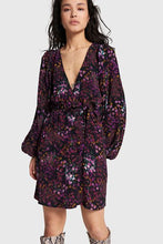 Afbeelding in Gallery-weergave laden, Ladies woven ditsy flower fake wrap dress