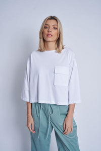 Native Youth Cropped t-shirt with pocket