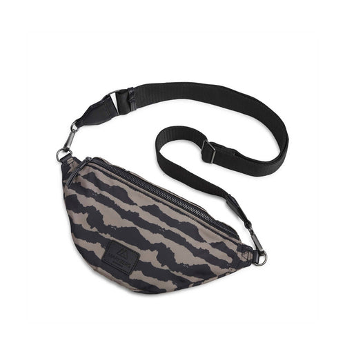Markberg Elinor Bum Bag, Recycled Blurry lines w black