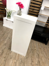 "Load image into Gallery viewer, Hampton Bay Cambridge 18"" x 42"" x 12.5"" Shaker Wall Cabinet – White"