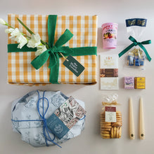 Load image into Gallery viewer, Gourmet Hamper ITALIAN SPRING (Limited Edition)