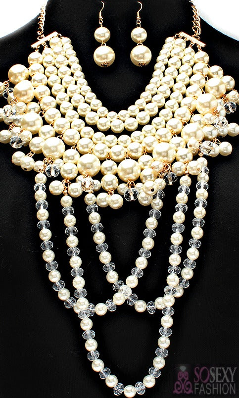 """Vogue"" Crystal Pearl Necklace and earring Set"