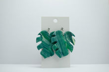 Load image into Gallery viewer, Polymer Clay Large Leaf - Green Marble
