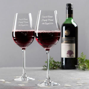 Personalise your 2 Glasses Engraved Swarovski® Diamanté Wine Glass Set