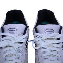 Load image into Gallery viewer, thisisneverthat x New Balance ML2002R Sneakers