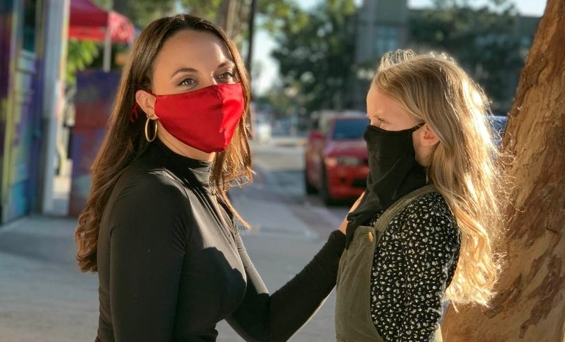 woman-and-little-girl-wearing-fabric-face-masks