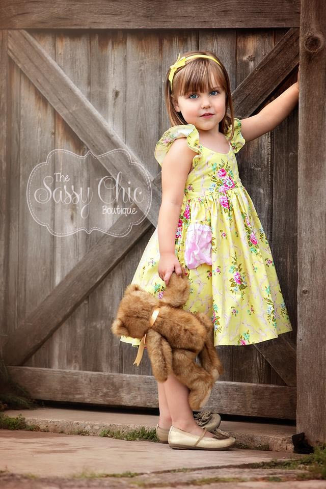 Elodie Starr...Simple & Sweet Dress