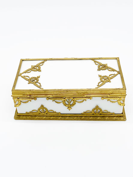 French Napoleon III era, second empire porcelain and bronze doré jewelry box dates to 1850 - 1870. Extremely rare and in excellent condition