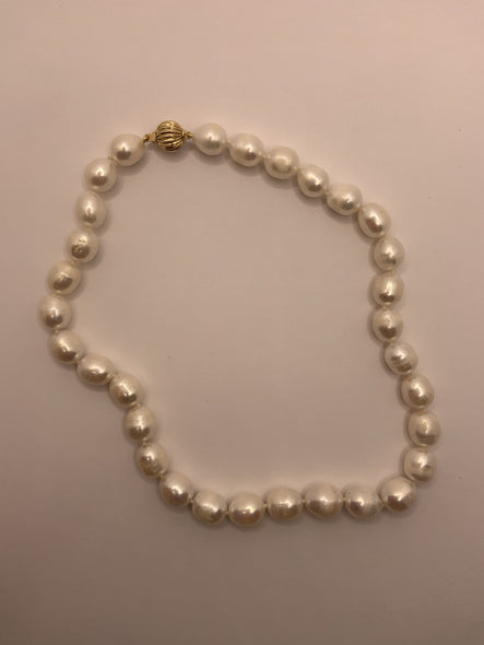 Fresh Water Pearl Necklace with 14k Basket Weave Clasp