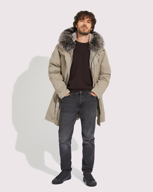 Long classic parka in fox fur