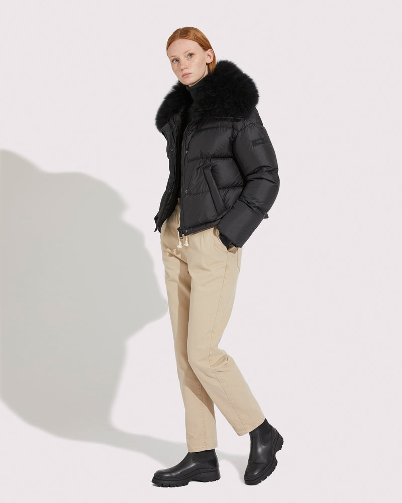 Short down jacket with removable tibetan lamb fur collar