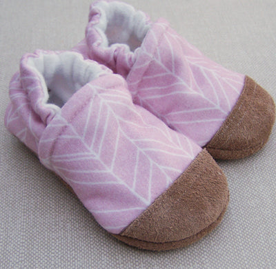 Snow and Arrows Cotton Slippers - Pink Feather