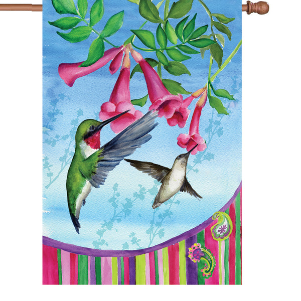 28 in. Flag - Hummingbirds Pais