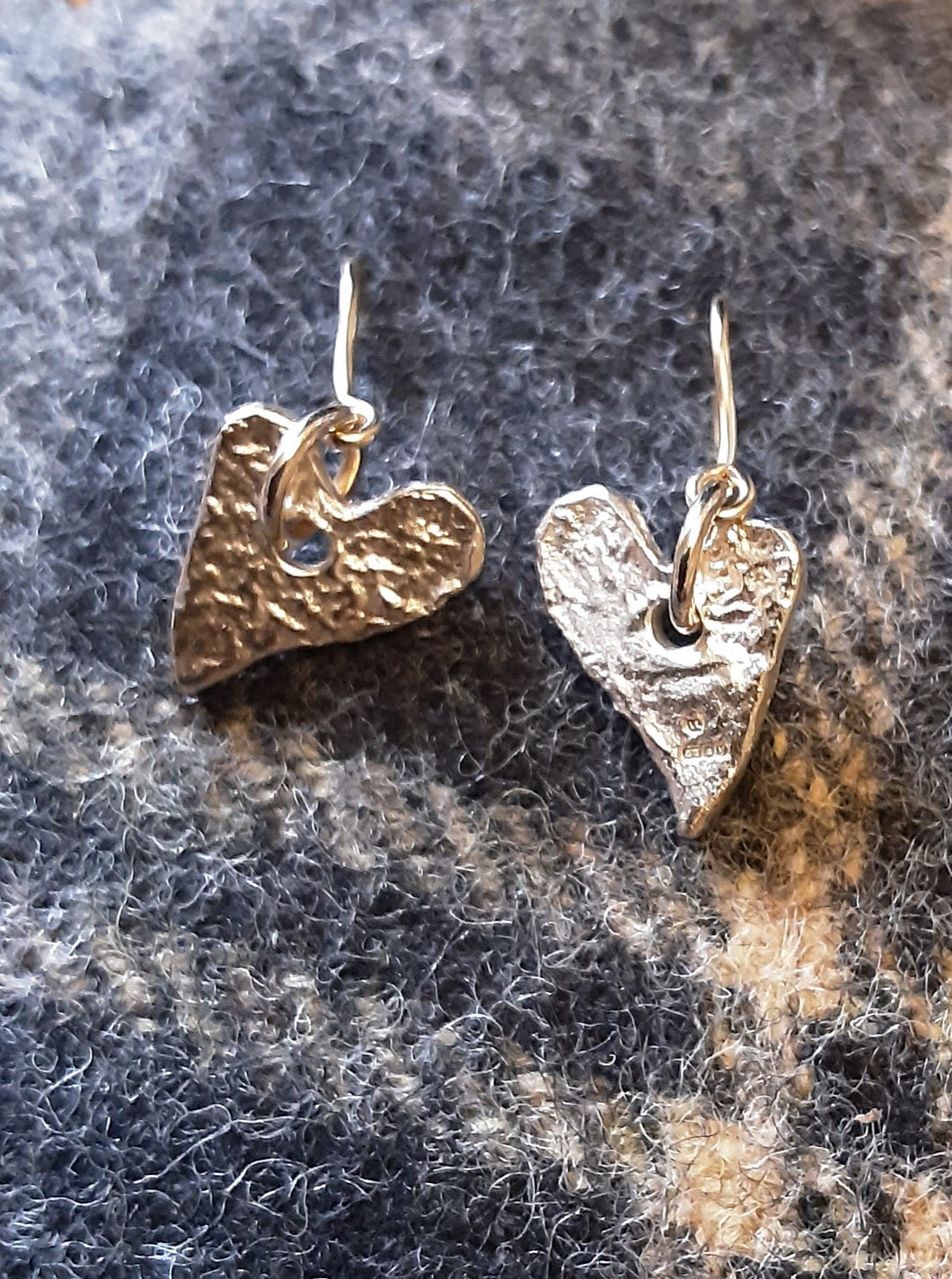 Small Vintage Heart of Gold drop earrings