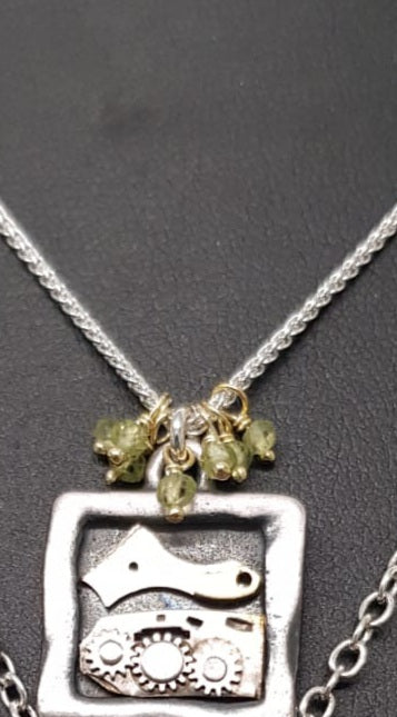 Clockworks Limited Edition Pendant Silver Peridot SSP25