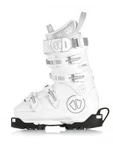 wearing-off-ski-boots-img