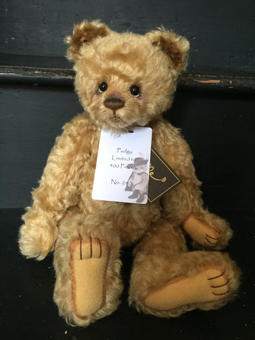 Pudgy - Limited Edition 240 of 400 - Charlie Bears Isabelle Collection
