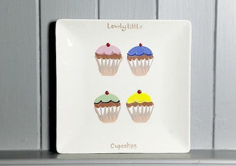 Lovely little cupcakes - small - square plate