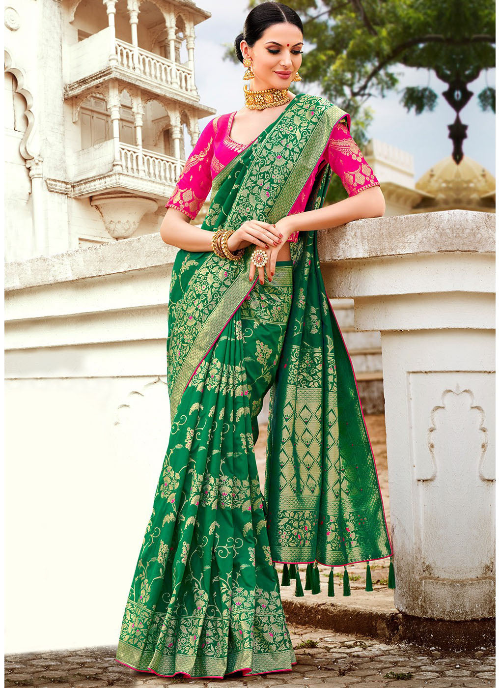 fb48f2f055b244 Green Banarasi Silk Woven Saree with Pink Blouse - Haya Creations