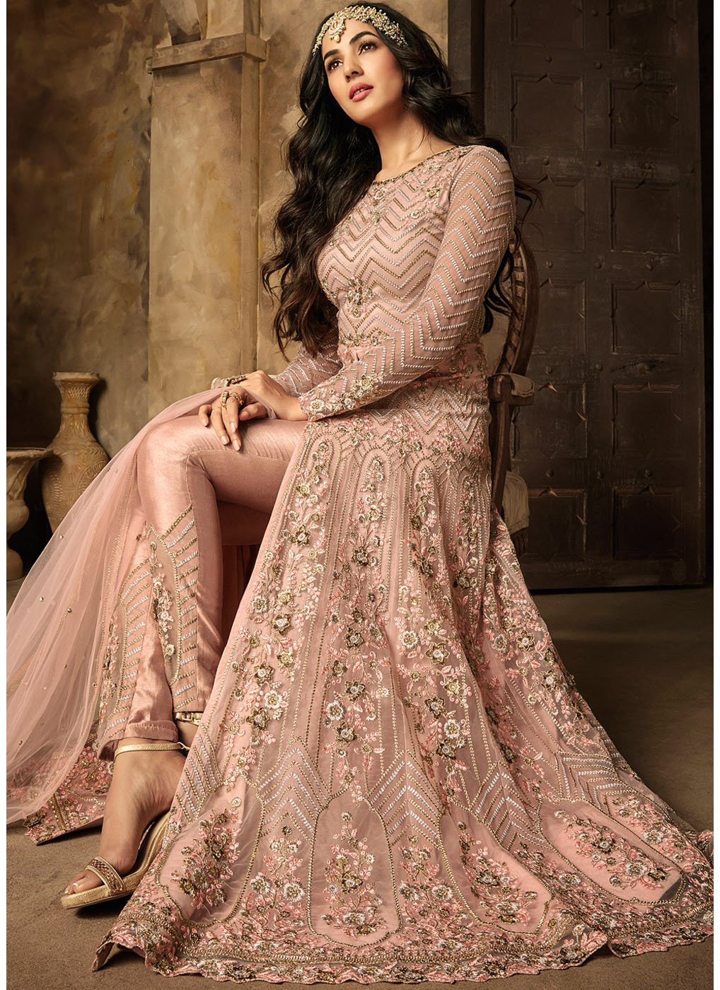 Embroidered Front Slit Pant Style Suit in Pink