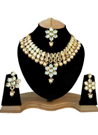 White Kundan Studded Gold Plated Necklace
