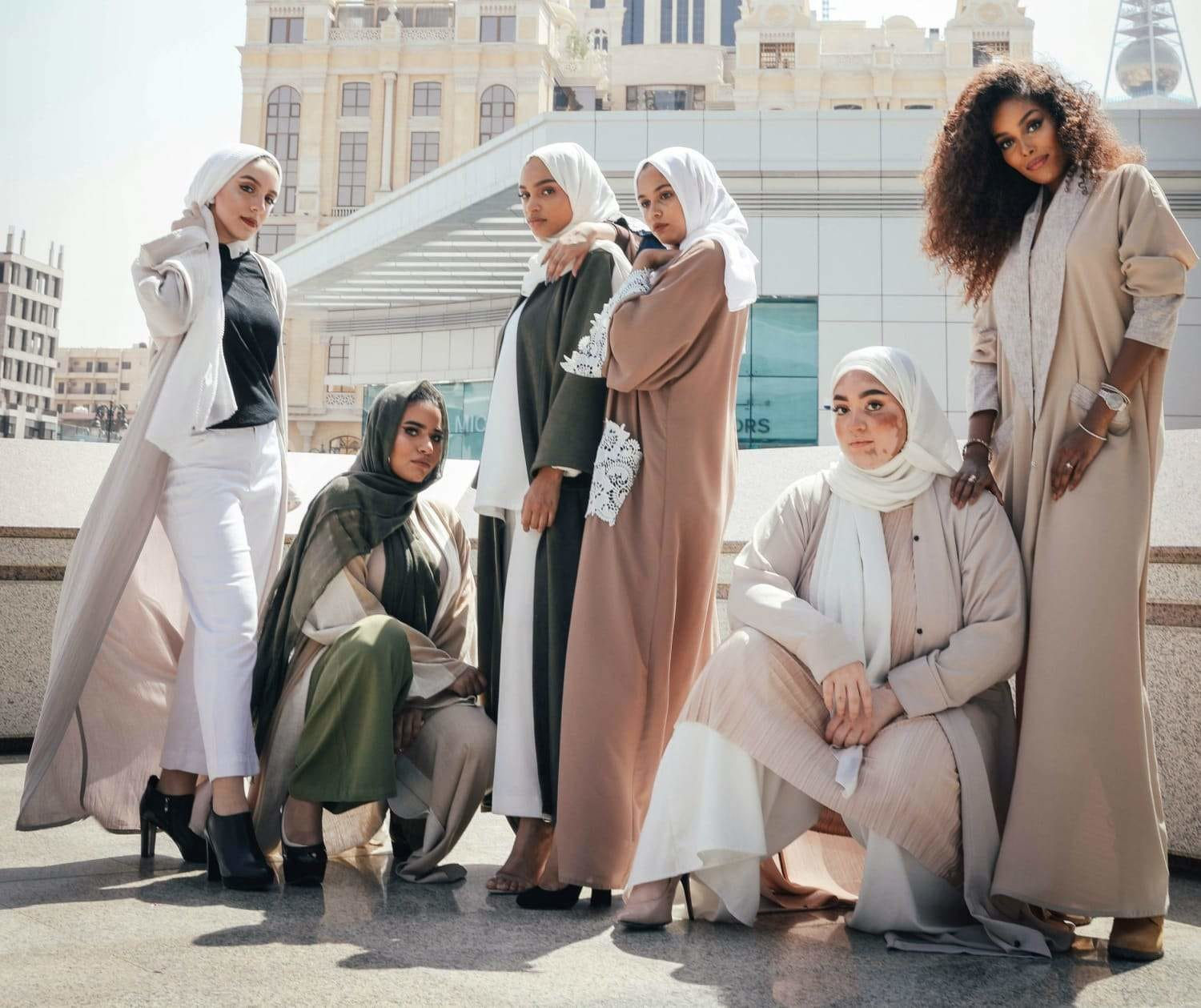 The Must-Have Trends in Arab Women's Clothing