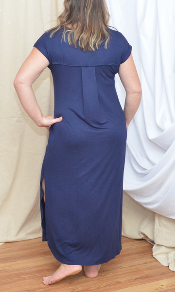 Be Number One side slit maxi dress (Navy blue)