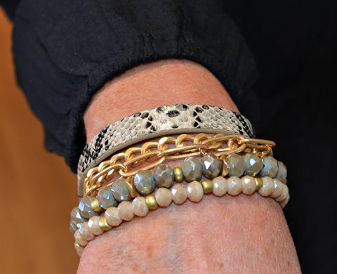 Crushin' it nude snake print bracelet set